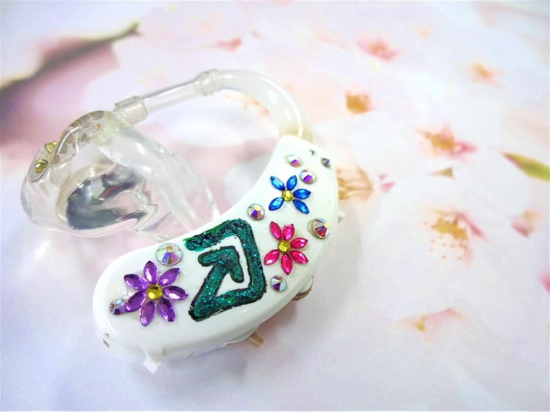 デコ補聴器